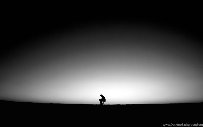 902365_lonely-mood-sad-alone-sadness-emotion-people-loneliness-solitude_2560x1600_h
